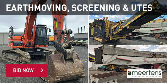 Earthmoving, Screening and Utes