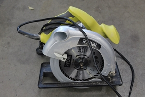 Ryobi Circular Saw - Model: ECS1285RG  1200W, 230V single phase  185mm blad