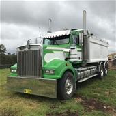 Unreserved Trucks, Trailers, Cranes, Excavator & More