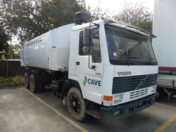 Volvo FL764R 6x4 Garbage Truck, 1995