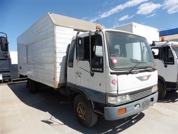 Hino FD3H Pantech Truck, 1994
