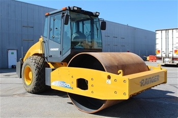Ranger XCMG XS2022 Smooth Drum Roller