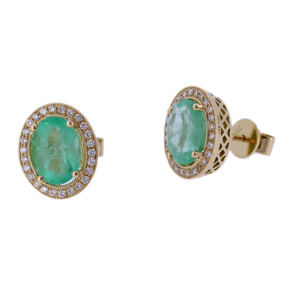 Natural Colombiantype Emerald And Diamond Stud Earrings 18yg