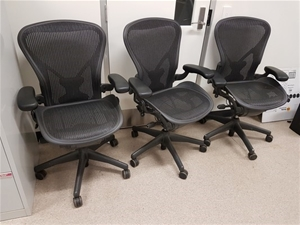 A Qty Of 3 Herman Miller Office Chairs Edinburgh Parks