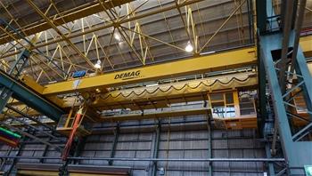 Overhead travelling Gantry Cranes