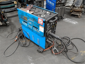 Mig Welder Unimig 352 280A 28V 60 Duty Cycle With Inbuild