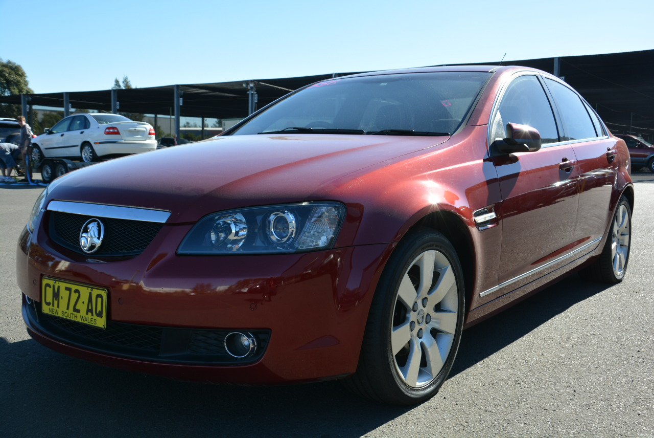 Holden gts products graysonline 2006 holden calais v ve v6 auto 4d sedan vanachro Choice Image