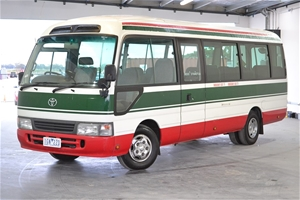 e3a0dba877 2007 Toyota Coaster Deluxe T Diesel Man - 5 Speed 21 Seat Bus ...