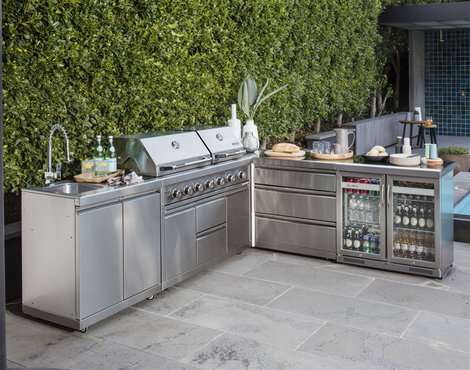 Stainless steel outdoor kitchens graysonline for Stainless steel outdoor kitchen