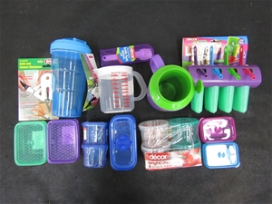 Decor Plastic Containers Frosty Mug Lickety Sips Shakers Auction