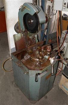 Hydraulic Lift Rotating Platform Auction 0038 3001986