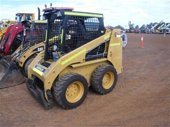 2 x 2007 Caterpillar 216B Skid Steers