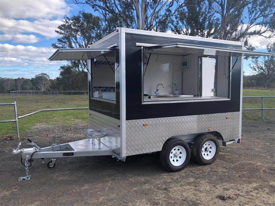 2019 Dual Axle Food Trailer