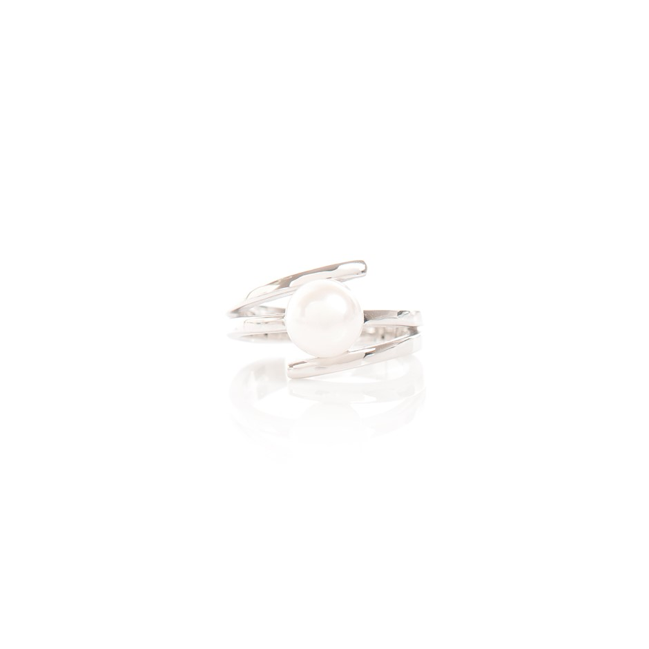 White Pearl Sterling Silver Ring