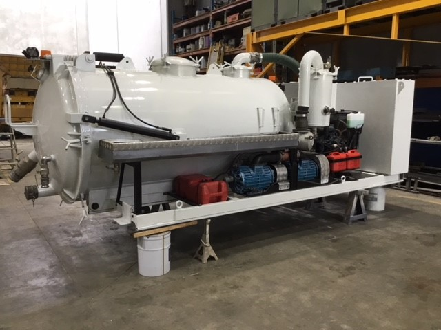 Skid Mounted Hydraulic Tipping 3000 Litre Vacuum Tank with Rear Opening