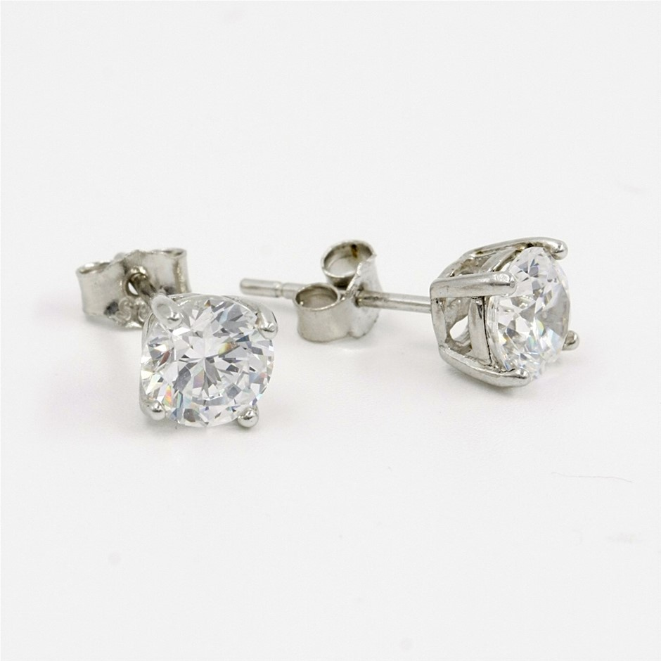 Sterling Silver R/H Plated 6mm Round CZ Stud Earrings.