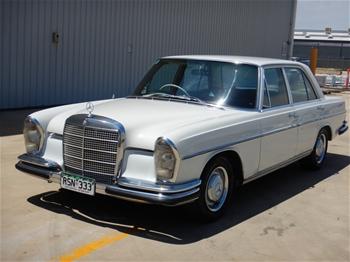 Unreserved 1966 Mercedes Benz 250SE Automatic Sedan