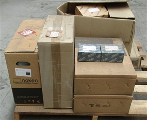 Pallet of Assorted Bathroom Items