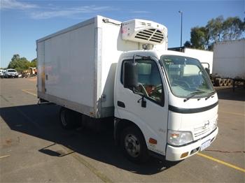2011 Hino 300 614 4 x 2 Refrigerated Body Truck