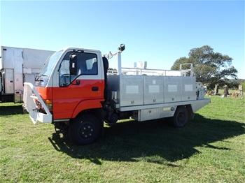 RFS Isuzu 4WD Fire Truck