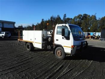 2001 Isuzu NPR 4 x 2 Service Truck with Crane