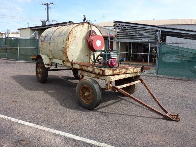 Water Tank on Dog Fuel Tanker Trailer