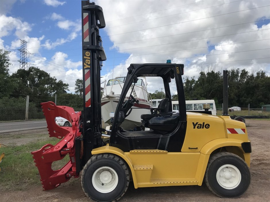 2009 Yale GLP-155VX4 Wheel Counterbalance Forklift with Rotating Grab