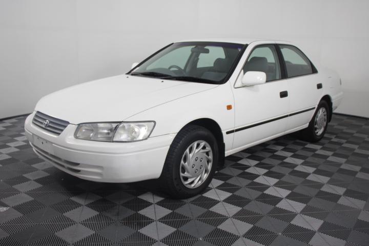 1999 Toyota Camry Conquest Automatic Sedan
