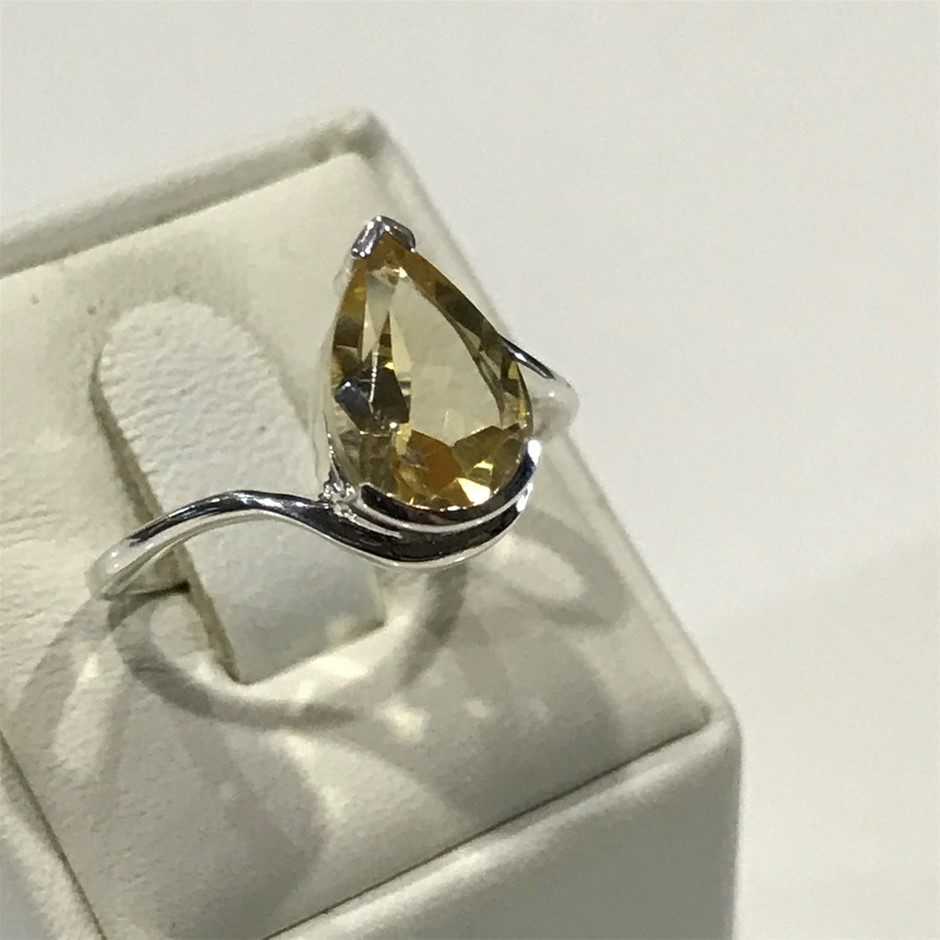 Glorious Genuine 1.70ct Citrine Ring Size L (6.50)