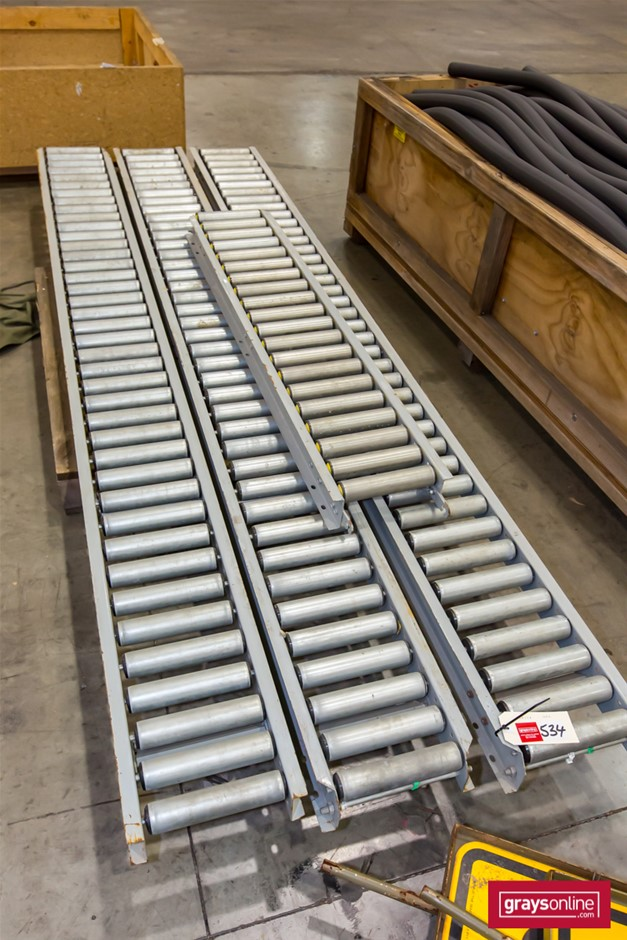 4 Sections of Gravity Feed Roller Conveyor.