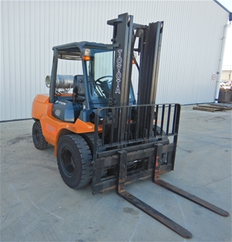 2009 Toyota 7FG40 Premium Pack Dual Drive Forklift