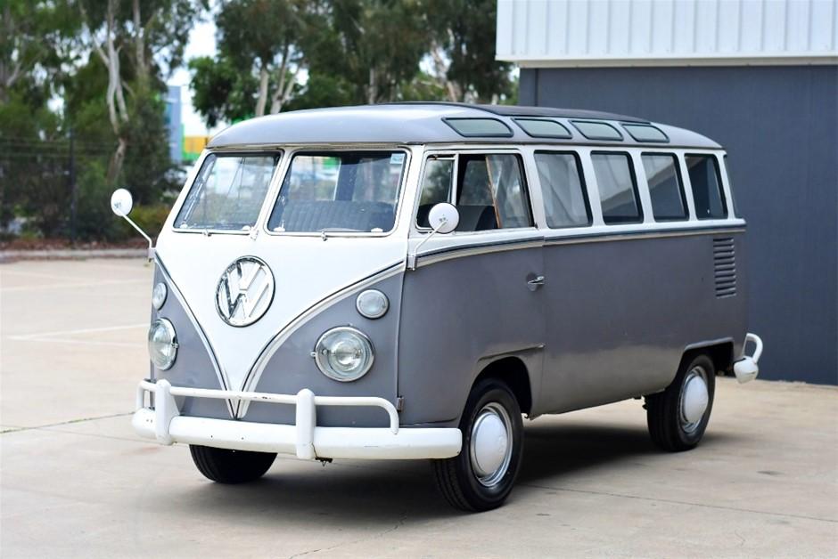 1970 Volkswagen Kombi 23 Window Samba Bus
