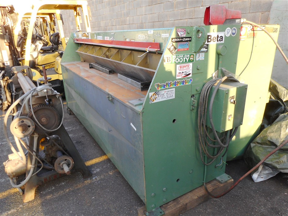1986 Hyclass Guillotine
