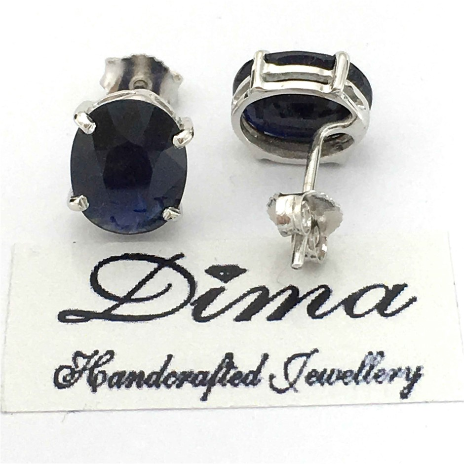 18ct White Gold, 5.42ct Blue Sapphire Stud Earring
