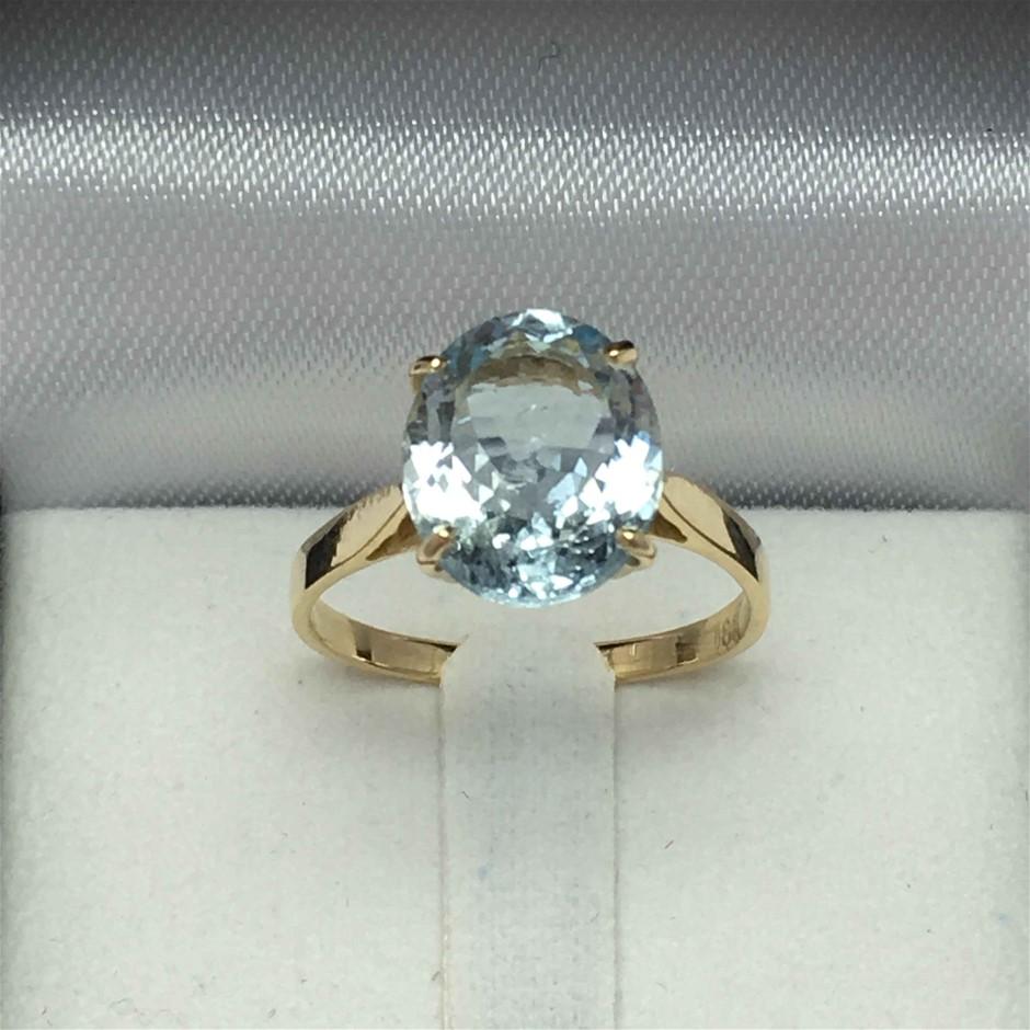 18ct Yellow Gold, 3.05ct Aquamarine Ring