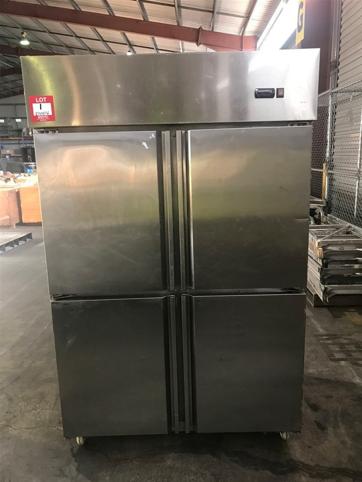 2010 FED QB1.0L4 1000L 4 Door Upright Freezer