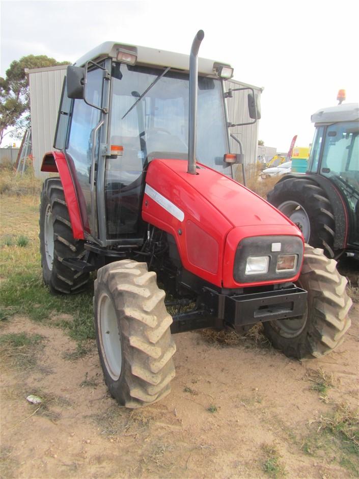 1999 Massey Ferguson MF4225 Tractor
