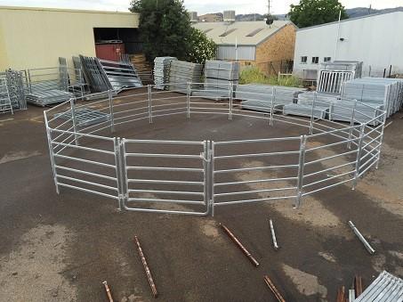 Horse Round Yard 16m