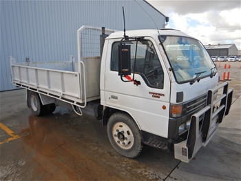 1993 Ford Trader 0811 4x2 Tipper Truck