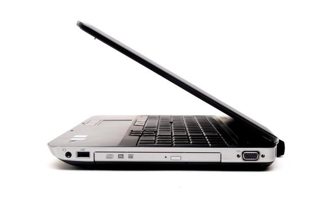 Dell Latitude E5520 15.6-inch Notebook, Black