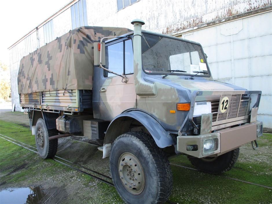 Mercedes Benz Unimog UL1700L Flat Top 4X4 Cargo Truck 1986 - Vic/NSW RWC