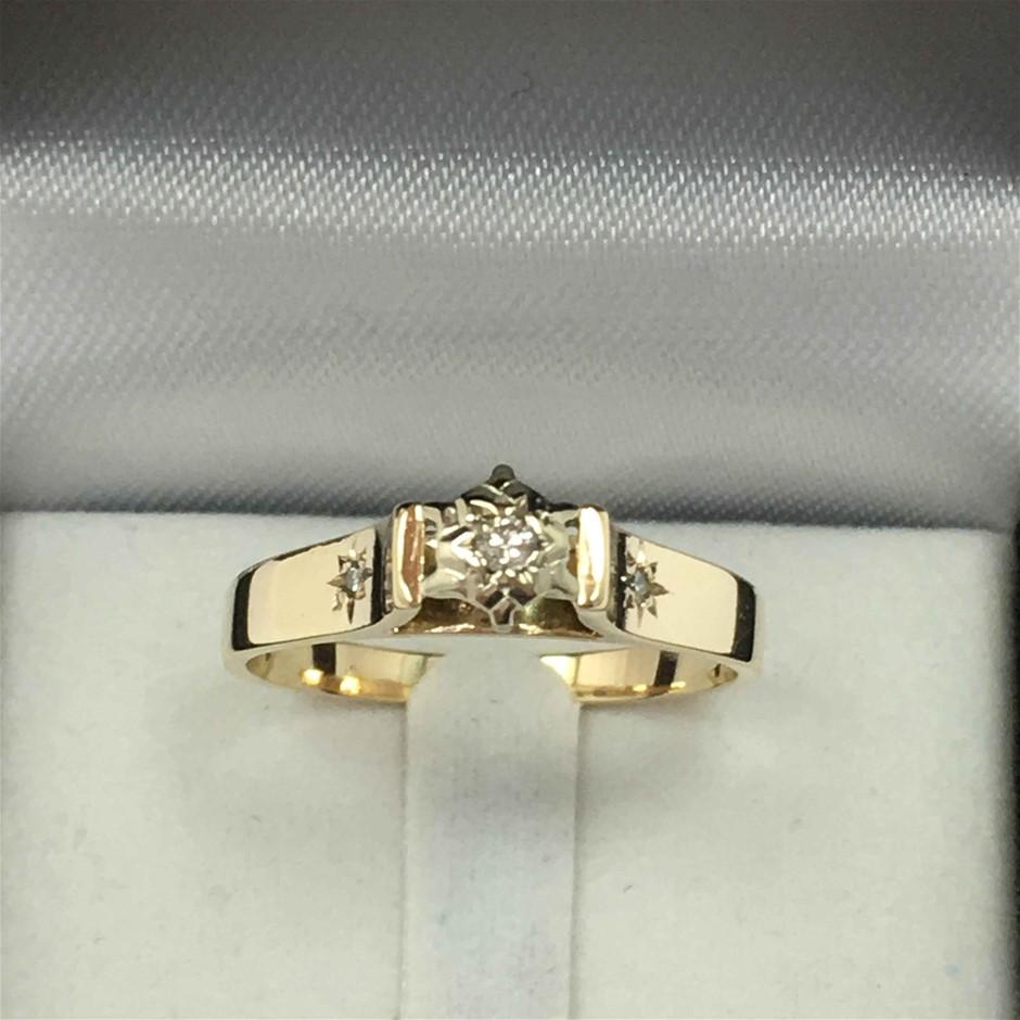 9ct 2 Tone Gold, 2.80g Diamond Ring