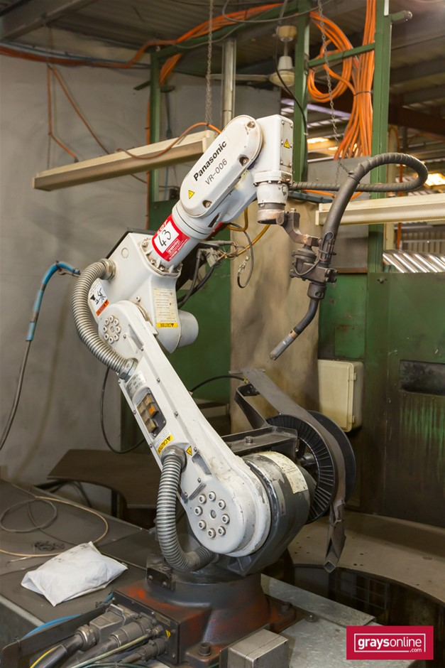 Robotic 3 Station Mig Welding Cell