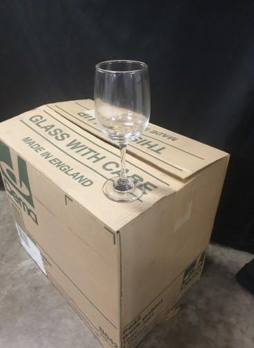 12 x Wine Glasses - 340ml