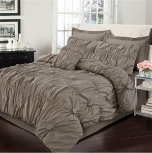 Renee Queen Bed Quilt Cover Set by Anfor