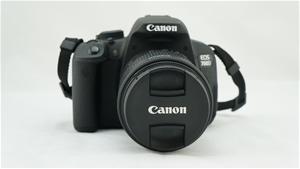 Canon EOS 700D Single IS Lens Kit (18-55mm) 18MP Digital SLR Camera