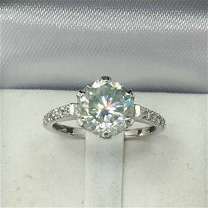 18ct White Gold, 2.68ct Moissanite and D