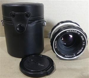 Nikon NIKKOR-H Auto 1:2 f=50mm Camera Le