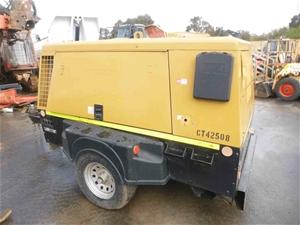 2009 Sullair 425DPQ 425cfm Diesel Compre