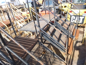 4 x Sets of Steel Entry Steps with Landi